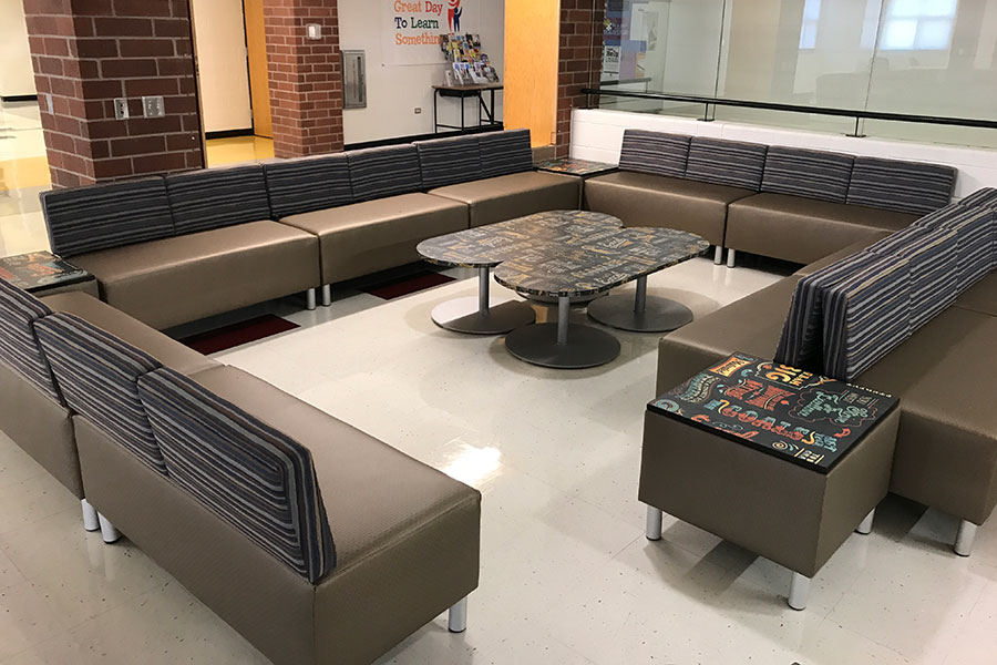 Larson Company - Featured Environments - Common Area