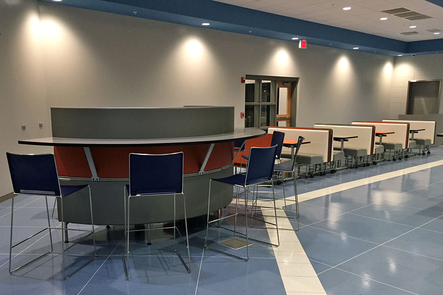 Larson Company - Featured Environments - Food Court