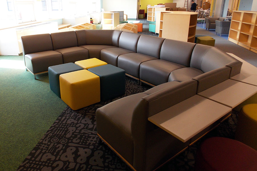 Larson Company - Featured Environments - Learning and Media Center