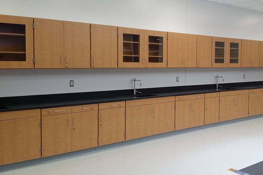 Larson Company - Featured Environments - Science Lab